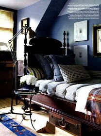 Tommy Hilfiger exec Trent Wisehart's New Jersey home Elle Decor July/Aug 2012 Photos by Laura Resen The Art of the Room - In Search of the Sublime in Design: Club Style Blue Bedroom, Cozy Bedroom, Bedroom Decor, Bedroom Ideas, Bedroom Interiors, Bedroom Boys, Trendy Bedroom, Master Bedroom, Elle Decor