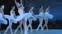 UVIOO.com - Tchaikovsky: Swan Lake - The Kirov Ballet