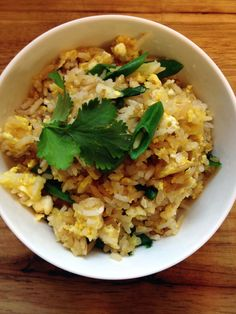 This easy Thai Fried Rice recipe is one of my favorite go-to meals on a busy weeknight. Use leftover rice and your favorite protein and veggie additions. Easy Thai Recipes, Kale Recipes, Asian Recipes, Healthy Recipes, Ethnic Recipes, Asian Foods, Rice Dishes, Food Dishes, Main Dishes