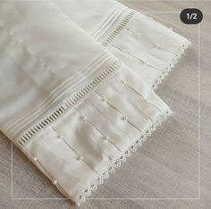Neck Designs For Suits, Sleeves Designs For Dresses, Dress Neck Designs, Stylish Dress Designs, Pakistani Fashion Party Wear, Pakistani Dresses Casual, Pakistani Dress Design, Kurti Sleeves Design, Kurta Neck Design