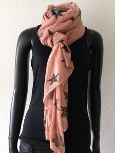News - rosa stjerne tørklæde. 199 kr. Alexander Mcqueen Scarf, Fashion, Velvet, Moda, Fashion Styles, Fashion Illustrations