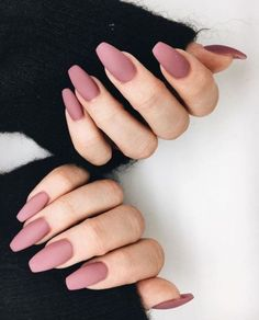 A manicure is a cosmetic elegance therapy for the finger nails and hands. A manicure could deal with just the hands, just the nails, or Gorgeous Nails, Pretty Nails, Amazing Nails, Perfect Nails, Classy Nail Art, Classy Gel Nails, Mauve Nails, Dusty Pink Nails, Matte Nail Colors