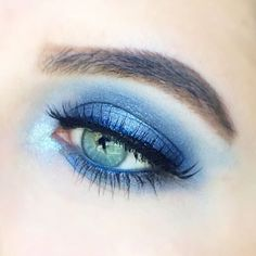 Tag a friend who would totally own this stunning look!  @jonnemarie BLUE us away using our Color Icon Eyeshadow Palette in I'm His Breezy! #regram #eotd #wetnwildbeauty