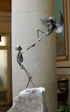 "Extraordinary sculptures by Saúl Hernández (from Guadalajara, Jalisco, Mexico). The OSEOsidades"" is a collection of 21 bronze sculptures of 21 centimeters in height. He uses the most common representation of death which is the human skeleton Sculpture Metal, Objet D'art, Skull And Bones, Skull Art, Dark Art, Oeuvre D'art, Amazing Art, Awesome, Cool Art"