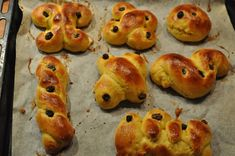 Saffron buns | 52 Delicious Swedish Meals You Need To Try Before You Die