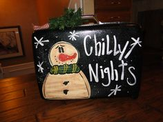 Frosty luggage Painted Snowman, Wood Snowman, Snowman Crafts, Christmas Lanterns, Christmas Signs, Christmas Snowman, Christmas Crafts To Make, Christmas Projects, Handmade Christmas