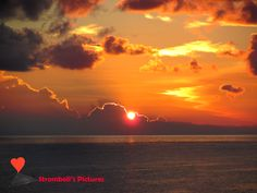 The #dawn of a new day in #Stromboli.