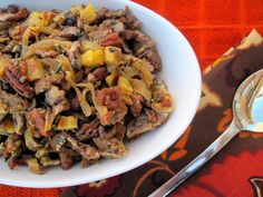 Thanksgiving Caramelized Onion and Sausage Stuffing. cant wait to cook a paleo friendly thanksgiving Primal Recipes, Real Food Recipes, Cooking Recipes, Healthy Recipes, Yummy Recipes, Free Recipes, Paleo Meals, Paleo Food, Healthy Foods