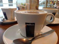 O café de cada dia nos dai hoje #Kampalla #cafe #Coffee