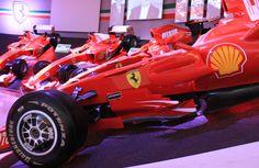 """Museo da Ferrari em Maranello na Italia"" by @aprendizviajante"