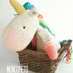 Unicorn amigurumi pattern. Español & English