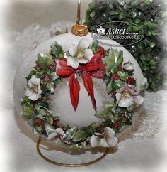 decoupage sospeso kurs Christmas Decoupage, Christmas Crafts, Christmas Ornaments, Christmas Ideas, Xmas Pictures, Decoupage Art, New Years Decorations, Shape And Form, 3d Paper
