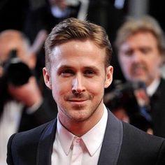 Ryan Gosling with the simple short look.  #menshair #mensfashion #menshaircut #menshairstyle #menstyle #malemodel #hairwax #hairstyle #pomade #fade #taper #barber #barberlife