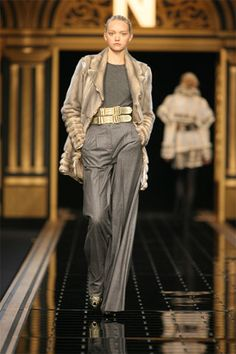 Fendi Fall 2006 Ready-to-Wear Collection Slideshow on Style.com