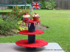A mama with ideas...: Diamond Jubilee ... DIY Cupcake stand (part 4)