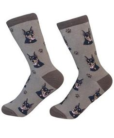 Rottweiler Socks, Perfect Gift For Rottweiler Lovers! Show the world how much you love your Rottweiler, with these socks. Woven on a 200 count needle machine, super soft and life like images of your dog. Body Sock, Husky Faces, Doberman Dogs, Dog Socks, Novelty Socks, Cotton Socks, New People, Pet Shop, Cute Puppies