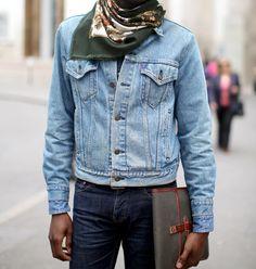 Nice Levi's crop denim jacket Found on guillehg.tumblr.com