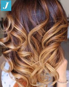 Caramel and Sand Shades _ Degradé Joelle #cdj #degradejoelle #tagliopuntearia #degradé #igers #musthave #hair #hairstyle #haircolour #longhair #ootd #hairfashion #madeinitaly #wellastudionyc #workhairstudiocentrodegradejoelle #roma #eur