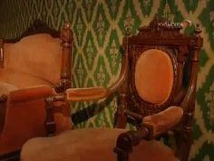 Передача пятая. Рассказ о периоде историзма в оформлении мебели и интерьера, начавшемуся в 1830-х годах и популярному на протяжении всей второй половины XIX ... Vanity, Mirror, Furniture, Home Decor, Dressing Tables, Powder Room, Decoration Home, Room Decor, Vanity Set