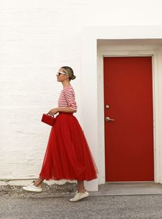My Site - Photo January 12 2020 at womens fashion style hats shoes minimal simple dress ootd summer comfortable for her ideas tips street - Red Tulle Skirt, Red Skirts, Tutu Skirts, Mode Outfits, Skirt Outfits, Dress Ootd, Casual Outfits, Modest Fashion, Women's Fashion Dresses