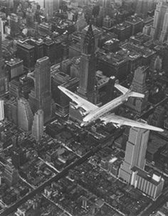 DC-4 Flying Over NYC - 1939    Photo: Margaret Bourke-White