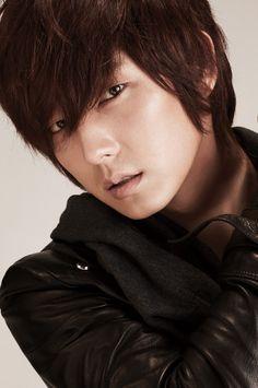 I love him....lee jun ki