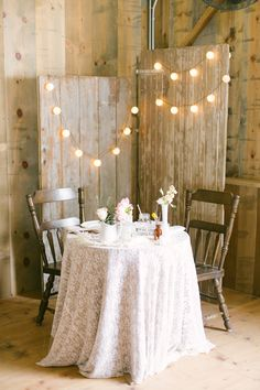 Rustic sweetheart table with a lace table cloth Sweetheart Table Backdrop, All Inclusive Wedding Packages, Rustic Wedding Backdrops, Farm Wedding, Table Wedding, Wedding Ideas, Wedding Couples, Wedding Reception, Luxury Wedding