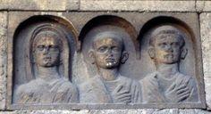 Foto di Vincenzo Grandinetti. I sepolcri repubblicani di Via Statilia