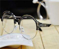 BIGBANGリーダー・G-DRAGONお洒落メガネ!注目されているファッション眼鏡やサングラス!マネしたい!