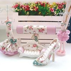 Mannequin Pastoral Style Jewelry Display Stand Set Sofa High-heeled Shoes Ring Holder T Bracelet Rack Dress Doll Necklace Earring Organizer