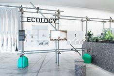 Verde Prato Urban experiments between ecology and reuse | Livegreenblog Exhibition Plan, Exhibition Space, Halle, Fashion Showroom, Room Planning, Scaffolding, Shop Interiors, Retail Shop, Retail Design