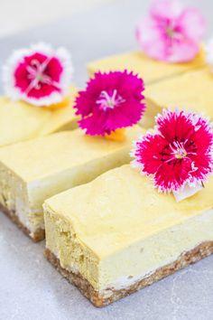 vegan mango cheesecake bars