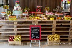 Bella_Fiore_Decoração_festa_quitandinha_feira_frutas_colorido Bella_Fiore_Decor_party_greengrocer_market_fruits_colorful