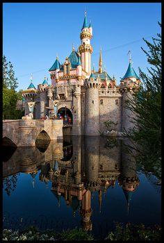 Sleeping Beauty Castle at Disneyland Disneyland Photos, Disneyland California, Vintage Disneyland, Disneyland Paris, Disney Resorts, Disney Trips, Disney Parks, Walt Disney World, Disney Land