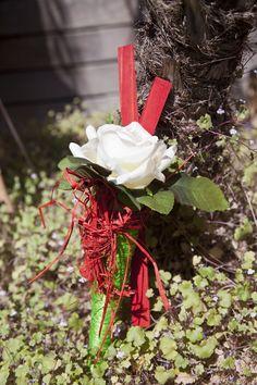 Arreglos florales personalizados con rosas de Sant Jordi. Abril 2013 en @Casa Viva. #decoracion #creatividad #flores #SantJordi #rosa