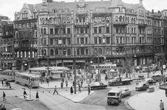 """1937 uppfördes Svampen som regn- och vindskydd vid Stureplan. Den blev snabbt en klassiker och folk sa: """"Vi ses vid Svampen"""". När Marguerite..."""
