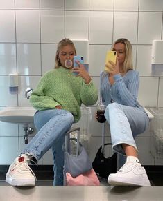 trendy outfits for school ; trendy outfits for summer ; trendy outfits for women ; Casual Summer Outfits, Winter Outfits, Summer Clothes, Mode Outfits, Fashion Outfits, Grunge Outfits, 90s Grunge, Sport Outfits, Grunge Men