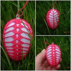 Easter egg crochet Easter Crochet, Crochet Art, Crochet Toys, Christmas Bulbs, Christmas Decorations, Egg Tree, Egg Basket, Sewing Material, Ribbon Embroidery