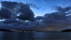06 June 4:34 かわたれ時( 彼は誰時:dawn )の博多湾です。 Morning  at  Hakata bay in Japan
