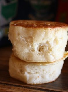 Fat Free English Muffins | Happy Herbivore...I'm not vegan but I'm always interested in fat-free goodness! :)