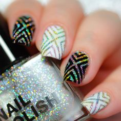 """I finally used these awesome X-pattern stencils I bought from @whatsupnails. I absolutely love them! whatsupnails.com"