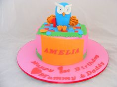 Girly Hoot Cake by My Cake Place http://www.mycakeplace.com.au/