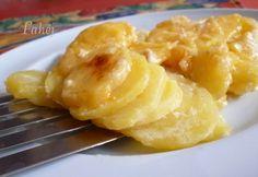 Francia krumpli Fahéj konyhájából recept képpel. Hozzávalók és az elkészítés részletes leírása. A francia krumpli fahéj konyhájából elkészítési ideje: 70 perc Macaroni And Cheese, Pineapple, Food And Drink, Potatoes, Fruit, Ethnic Recipes, Bliss, Cooking