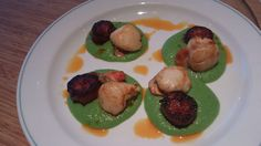 Pan fried scallops with chorizo & pea puree