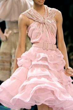 chiffonandribbons:    Christian Dior Couture F/W 2008