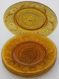 vintage lot of 4 Tiara daisy sandwich amber glass salad plates