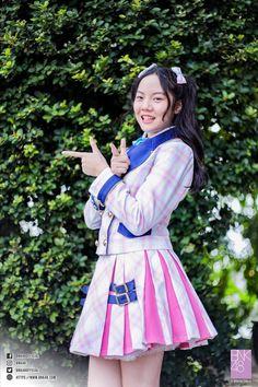 Shark Puns, Harajuku, Aurora Sleeping Beauty, Disney Princess, Celebrities, Disney Characters, Stage, Fashion, Moda