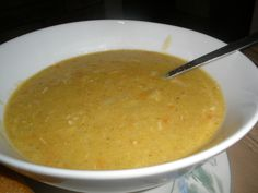 Creamy Chicken & Cauliflower Rice Soup (low carb version of Creamy chicken & brown rice soup) by kay.cee on www.recipecommunity.com.au