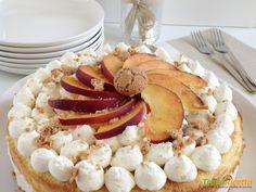 Torta cremosa con ricotta pesche e amaretti  #ricette #food #recipes