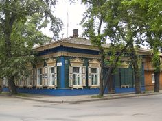 Traditional wooden house, Irkutsk, Siberia, Russia.  Photo by Lars Bemelmans